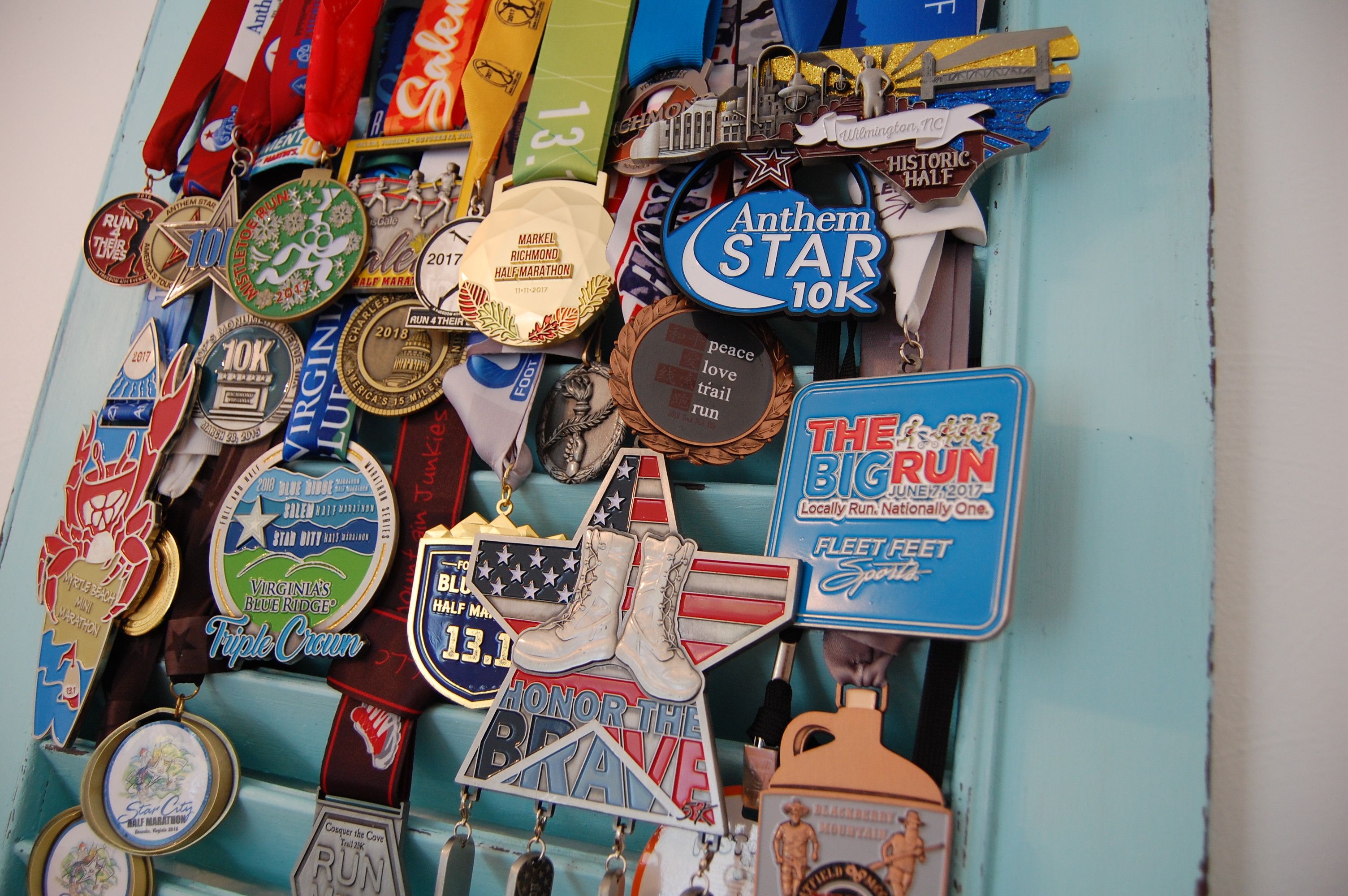 Cottage Style Race Medal Display A Tutorial Arthurized Home